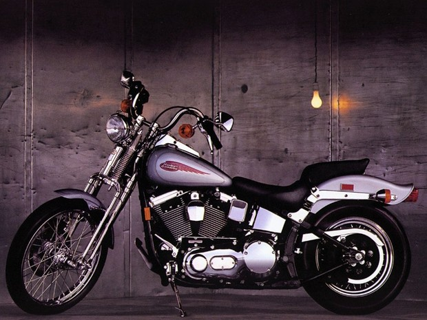 HARLEY-DAVIDSON-TOURING-DYNA-SOFTAIL-MOTORCYCLES-(2005)-PREDELIVERY AND SETUP MANUAL