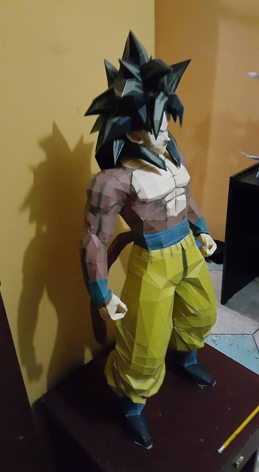 papercraft Goku Ssj 4