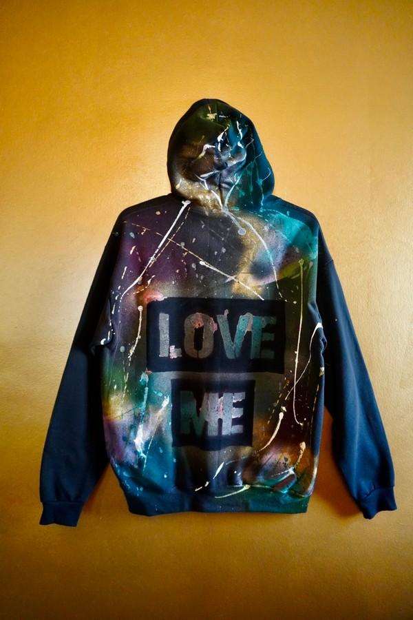 """Custom """"LOVE ME"""" Hoodie - black - L"""