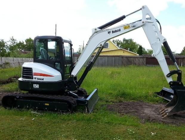Bobcat E50 Compact Excavator Service Repair Manual (S/N AG3N11001 & Above, S/N AHHE11001 & Above)