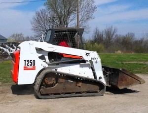 Bobcat T250 Compact Track Loader Service Repair Manual (S/N 531811001 & Above, 531911001 & Above )