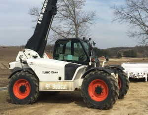 Bobcat V638 VersaHandler Service Repair Manual DOWNLOAD (S/N A8HM11001 , A8HN11001 & Above )