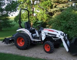 Bobcat CT225, CT230, CT235 Compact Tractor Service Repair Manual (S/N ABFJ11001 ...)