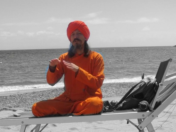 Bhakti Yoga (English)