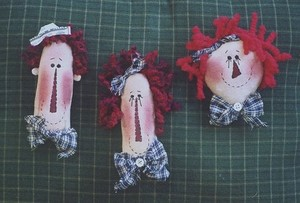#221 Primitive Raggedy Ornaments e pattern