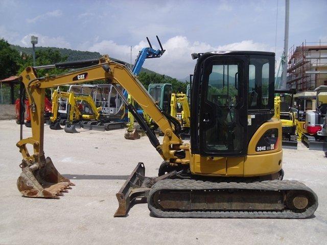 caterpillar 304c cr mini excavator hydraulic service rh sellfy com Cat Mini Excavator Attachments Cat Mini Excavator