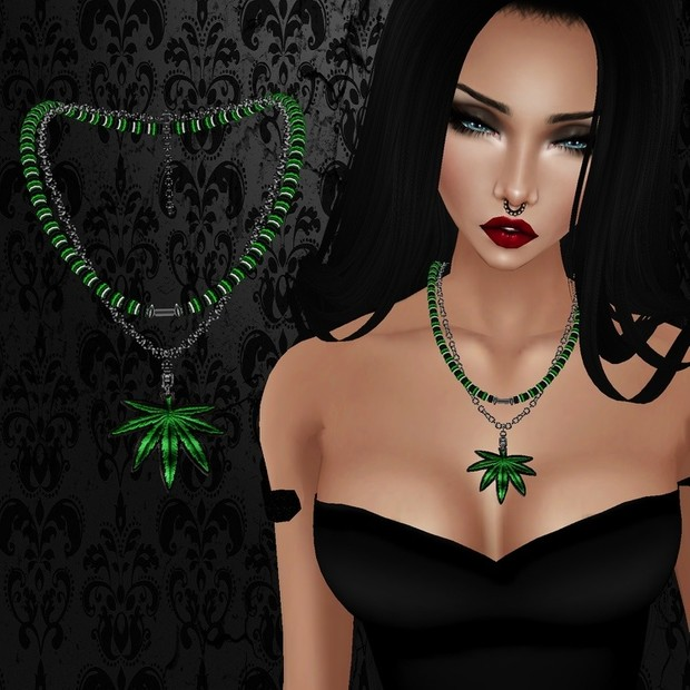 Female Green Weed Necklace