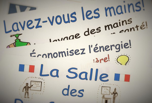 French Signs for Walls and Doors - to decorate your school environment