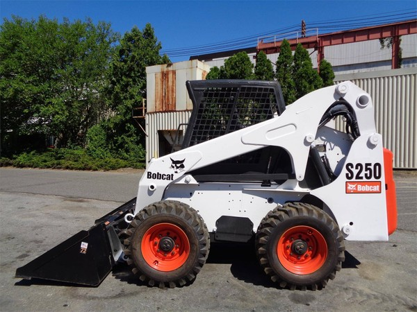 Bobcat S250 Turbo and Turbo High Flow, OEM Service and Repair Manual with Parts Manual.