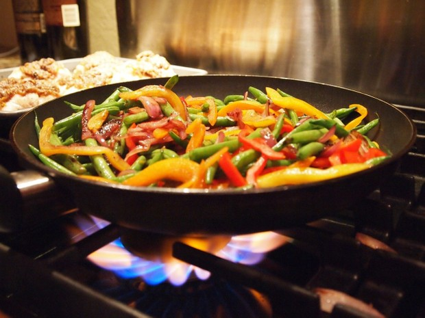 Saucy Stir Frys Cookbook