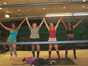 WOMEN FICTITIOUS WRESTLING 2011 Highlights