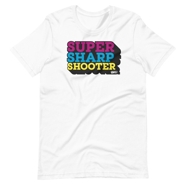 Super Sharp Tee - multi colour logo