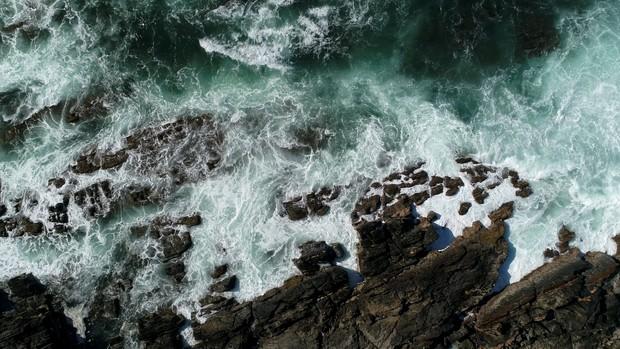 Coastline Wild #001 - Video Background (1080HD)